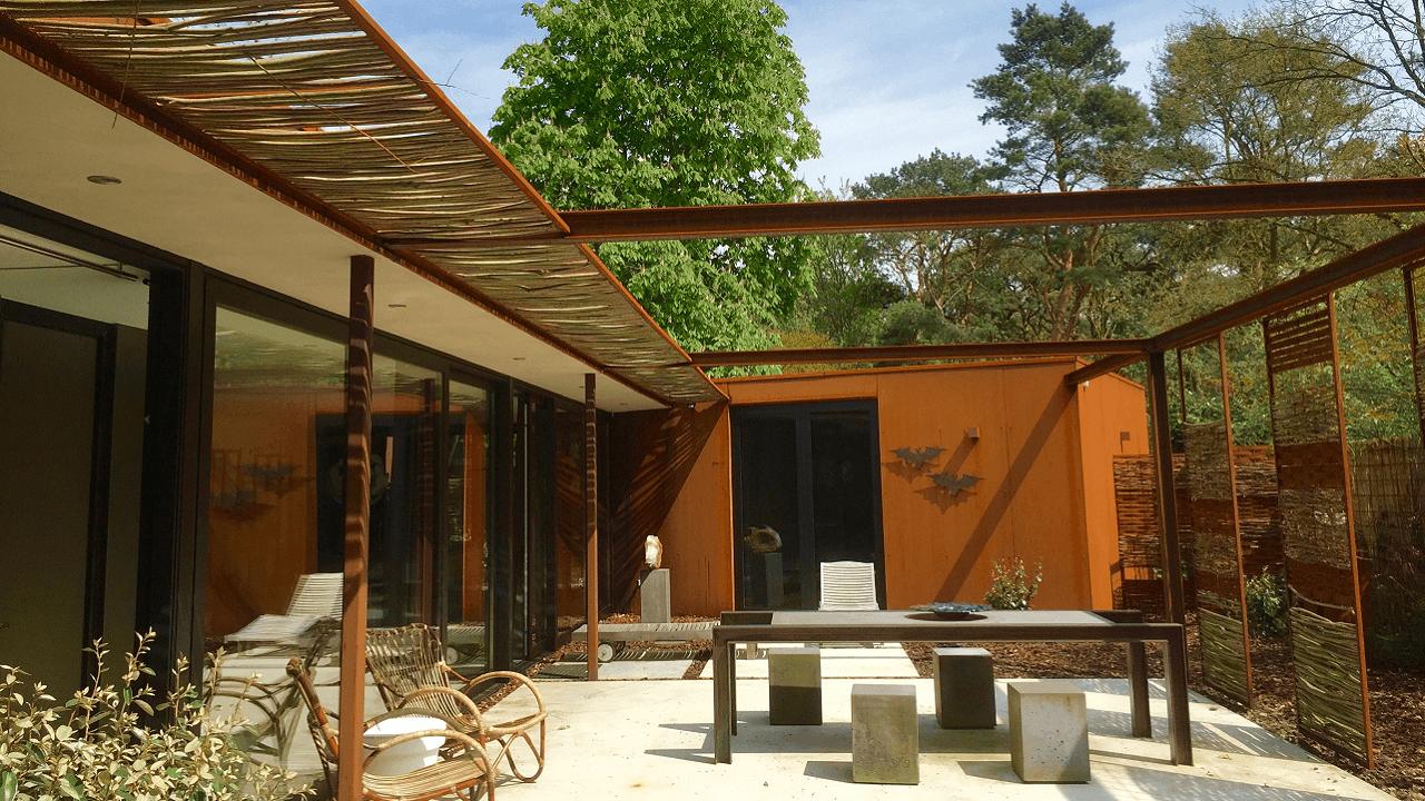 Stalen Boshuis terras