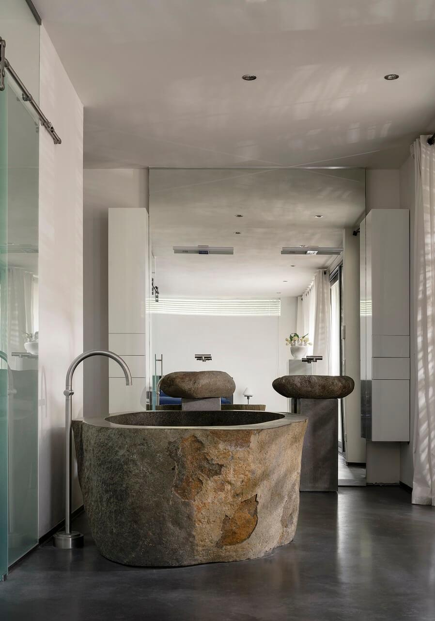 Betonnen-Boshuis-Slaapkamer-bad
